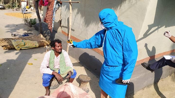 बैदेशिक रोजगारबाट घर आउनेको संख्या ७३ पुग्यो, घरघरमा ब्लिचिङ औषधि छिट्र्दै