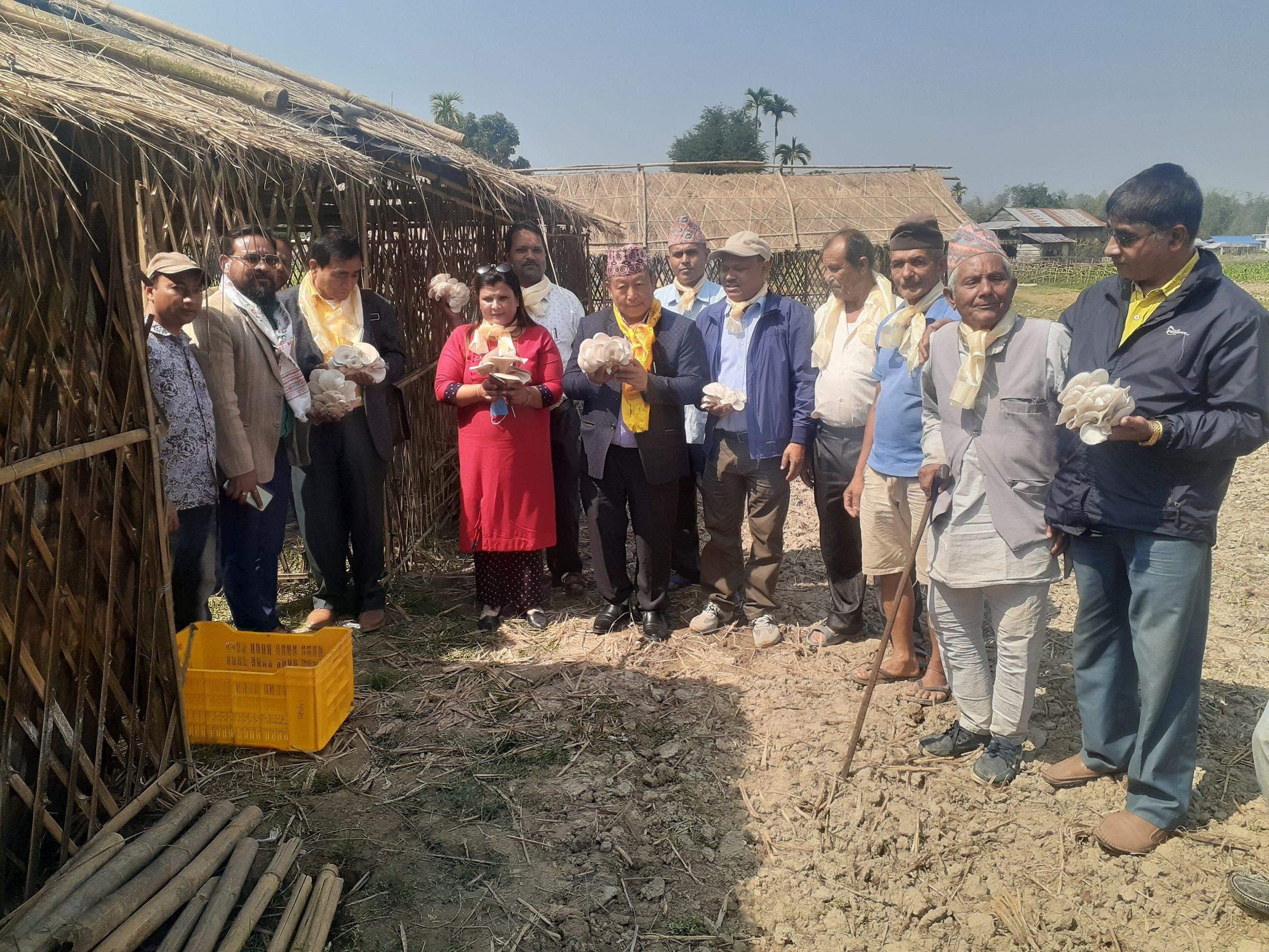व्यवसायिक कृषि तथा पशुपालन परियोजना उद्घाटन